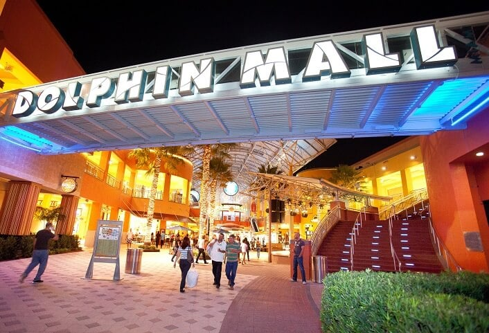 Outlet and Shopping Dolphin Mall Miami