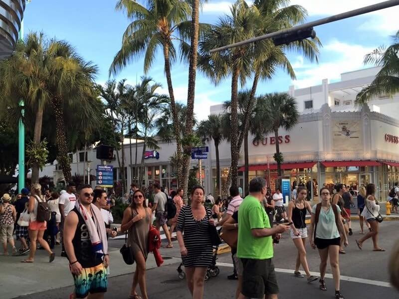 Lincoln Road shopping