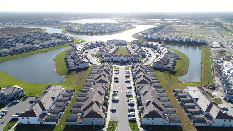 4) Storey Lake Homes Condo in Orlando